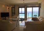 Большая квартира с балконом на море.